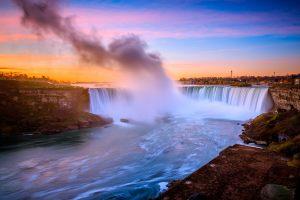 shutterstock_518539231-niagara-falls