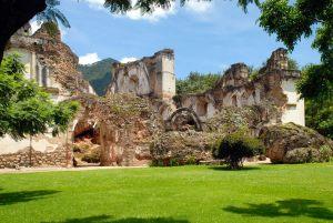 rovine di antigua in guatemala