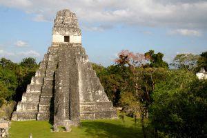 tempio del jaguaro-tikal